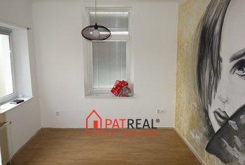 Pronájem komerčních prostor 18m² - Brno - Královo Pole