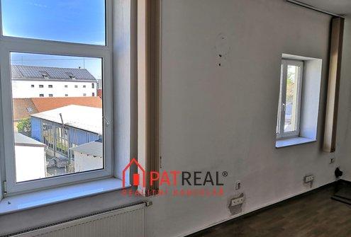 Pronájem komerčních/kancelářských prostor 80m² - Brno - Královo Pole