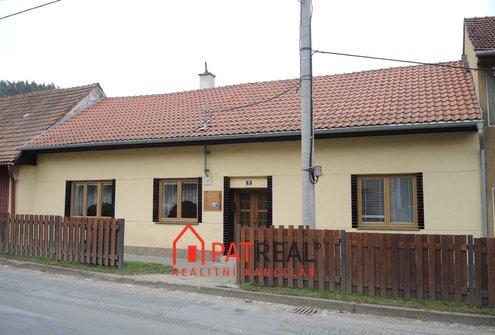 Prodej rodinného domu na pozemku 1739m2 s velkou zahradou v dosahu Brna, pozemek 1.739 m²