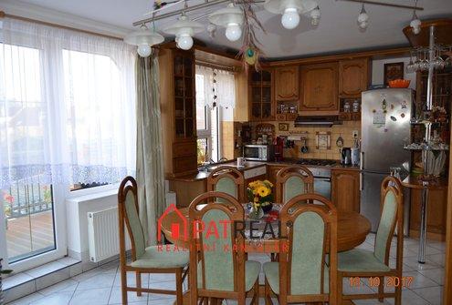 Pronájem bytu v RD 4+kk (3+kk + pracovna) s možností garáže, 85m² - Židlochovice