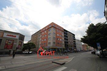 Nájemní byt 4+1, 106m2, dlohodobě, trvalý pobyt, vlastní topení