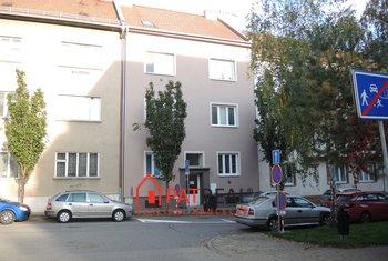Pronájem bytu 1+kk 25m2 v Brně, ul. Bulharská