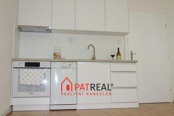 Prodej zrekonstruovaného bytu 2+kk, 38m² - Brno - Královo Pole
