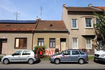 RD k rekonstrukci ulice Geislerova, pozemek 135 m²