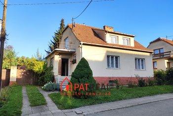 Prodej rodinného domu 5+2, 160m² - Blučina, pozemek 884 m²