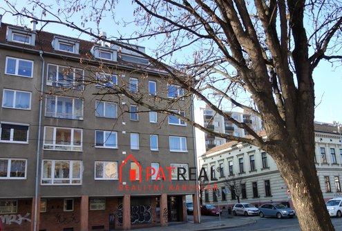 Prodej cihlového bytu 3+1 s dvěma balkony, 83m² - Brno - Královo Pole
