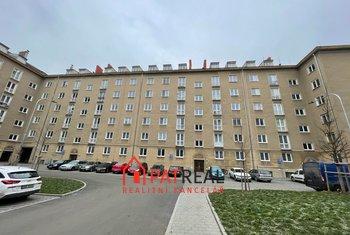 Pronájem prostorného cihlového bytu 3+1 80m2, Brno - Žabovřesky