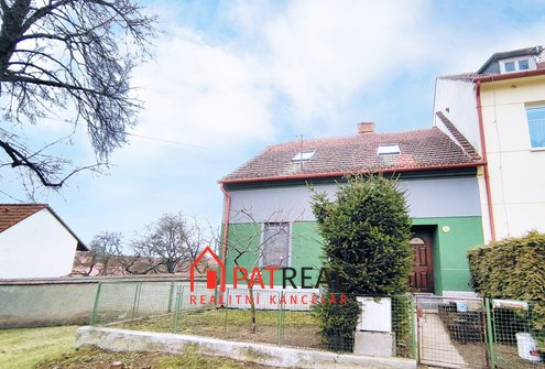 Prodej rodinného domu 4+1 s velkou zahradou, CP 1339m² - Všechovice u Tišnova, pozemek 1.339 m²