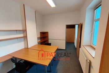 Pronájem dvou kanceláří 19m² v Brně-Židenicích na ul. Šámalova