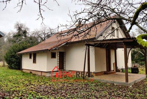 Prodej bývalé hájovny s okolními pozemky, pozemek 5.602 m²