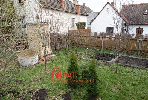 Prodej chalupy k rekonstrukci, 150m² - Vanovice, pozemek 308 m²