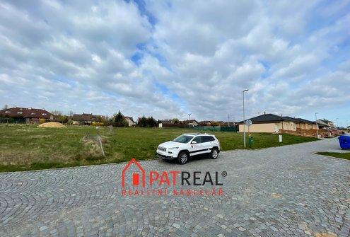 Prodej stavebního pozemku 1941m² s výbornou dostupností do Brna