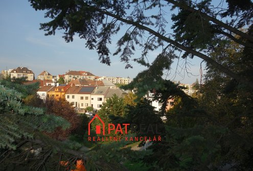 Pronájem bytu 3+1 s balkonem, 53m² - Brno - Černá Pole