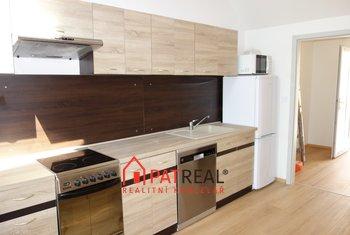 Pronájem, novostavby bytu 3+kk, 90m² s terasou - Modřice