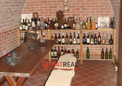 9.Vinný sklep