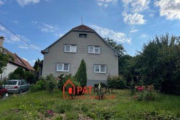 RD 5+1, zahrada, garáž, pozemek 2.139 m²
