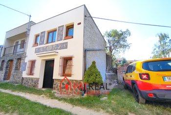 Rekreační nemovitost s vinným sklepem a vinárnou, Hrušky, pozemek 116 m²