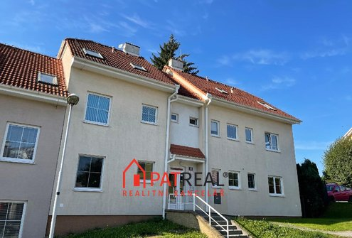 Pronájem zařízeného bytu 1+1, 40m2,  šatna, balkon, Brno - Jehnice