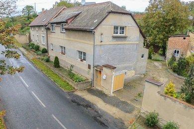 Prodej, rodinné domy, 923m² - Evaň, Ev.č.: 00056-1