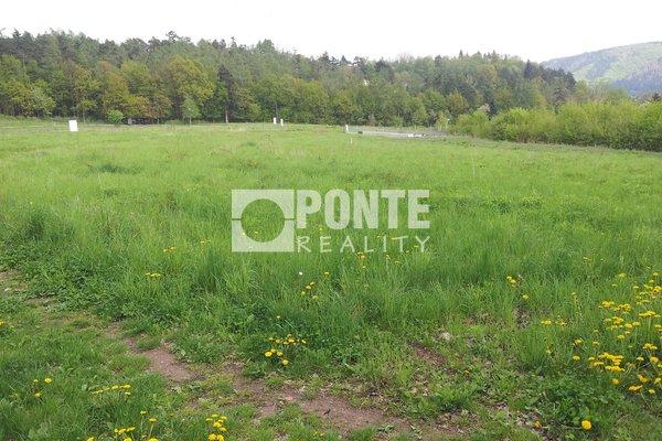 Prodej stavební pozemek 1732m2, Černošice, okr. Praha-západ