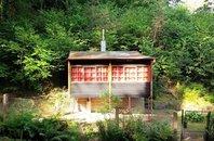 Prodej chaty 1+kk, užitná plocha 50 m2, pozemek 596 m2, Praha 5– Lipence