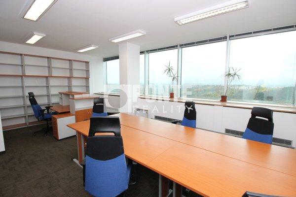 Pronájem kanceláře v administrativní budově Shiran Tower, 162 m2, Praha 6 - Vokovice, ul. Lužná
