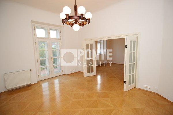 Pronájem kancelářských prostor, 45 m², Praha 1- Hradčany, Loretánské náměstí