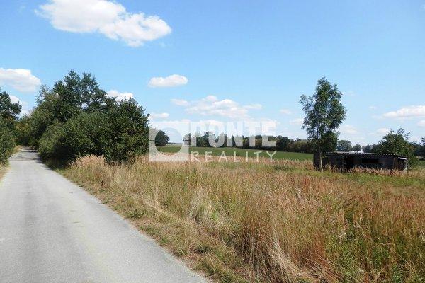 Prodej pozemku pro bydlení, 1447 m², Pluhův Žďár - Červená Lhota, okres Jindřichův Hradec