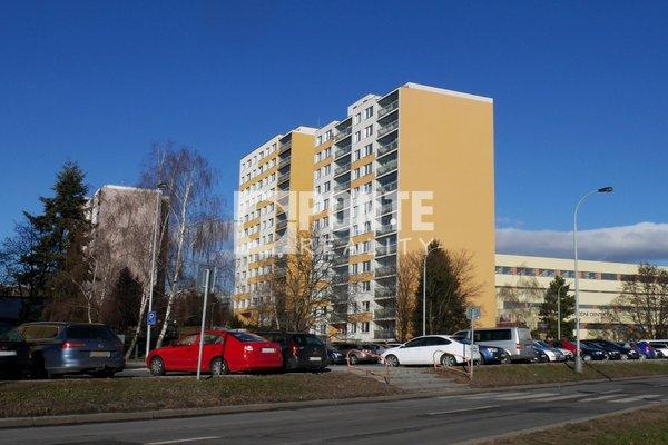 Prodej byty 2+kk, 42 m², Praha - Ruzyně, ul. Žukovského, OV, 10.NP, panel