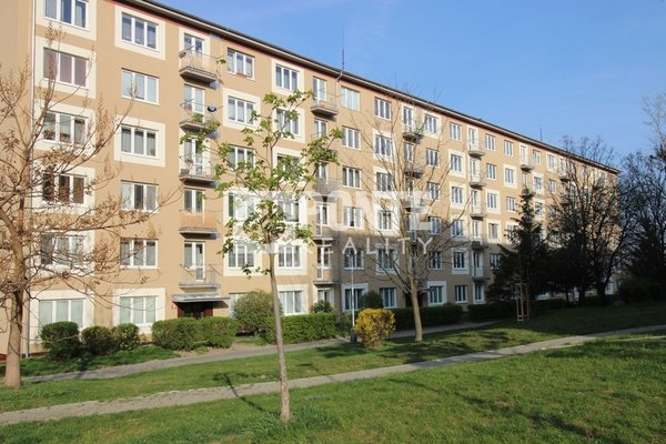 Prodej bytu 4+1, 74 m2, ul. Střimelická, Praha - Záběhlice, OV, 1.NP, cihla