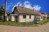 Prodej rodinného domu 4+1, 149 m²,  pozemek 1.019 m², Kolovraty, ul. Lomová