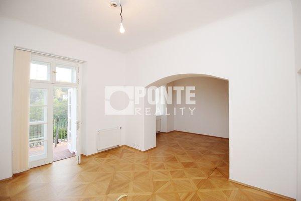 Pronájem kancelářských prostor, 64 m², Praha 1- Hradčany, Loretánské náměstí