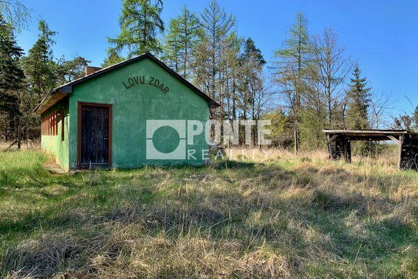 Prodej pozemku 1057 m², zastavěná plocha 61m², Hodonice u Bechyně, okres Tábor