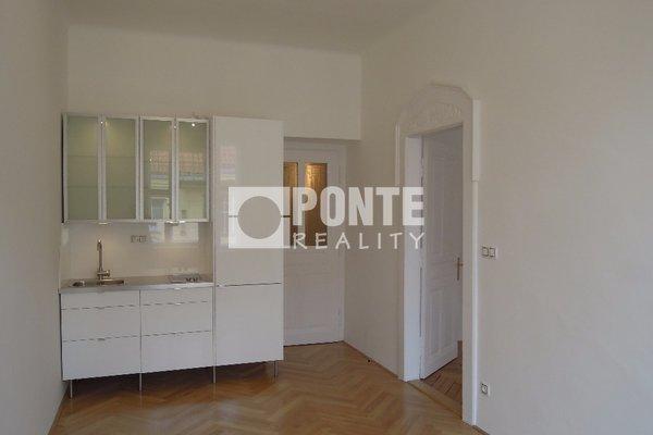 Pronájem bytu 2+kk 50 m2, balkon, Praha 1 - Staré Město, ul. Elišky Krásnohorské