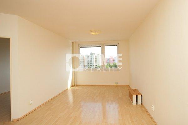 Prodej bytu 2+kk , 43 m2, ul. Zelenohorská, Praha - Bohnice, OV, 6.NP, panel