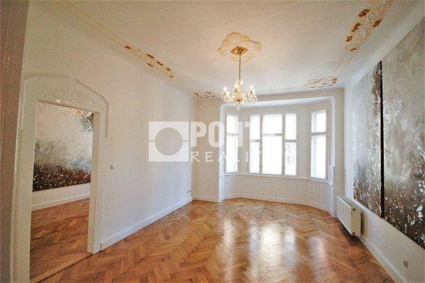 Pronájem kancelářských prostor 115 m2, balkon, Praha 1 - Staré Město, ul. Elišky Krásnohorské