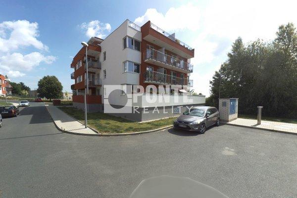 Prodej bytu  3+kk/T, 116 m² + garážové stání, Nad Akcízem, Praha 8 - Ďáblice,