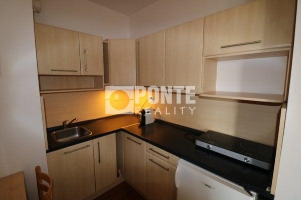 Pronájem bytu 1+kk, 35 m², balkon, Praha 10 - Hostivař, ul. Bratislavská