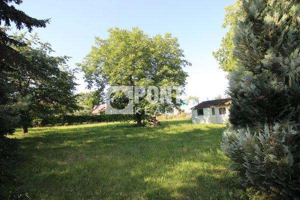 Prodej stavebního pozemku 987 m2 v obci Senohraby, okres Praha-východ