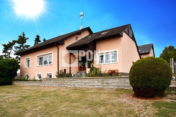 Prodej rodinného domu 8+1, 280 m2, pozemek 1.200 m2, Buštěhrad, okr. Kladno