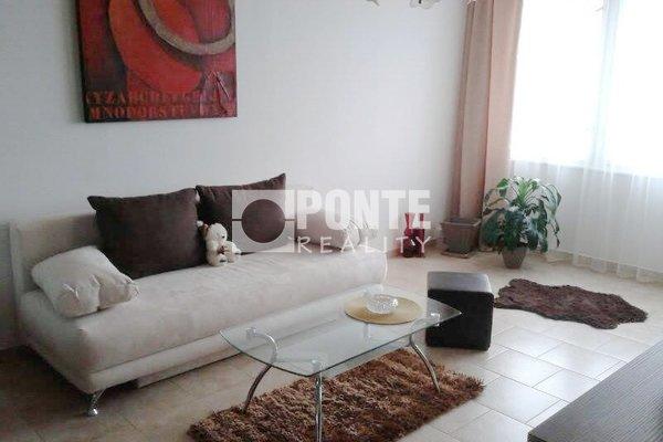 Prodej bytu 1+1, 33 m2, ul. Paláskova, Praha 8 - Kobylisy, OV, 11.NP, panel