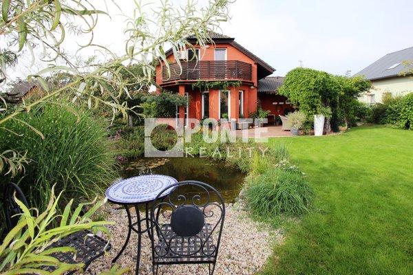 Prodej rodinného domu 4+kk na pozemku 768 m3 v obci Český Brod - Liblice, okres Kolín