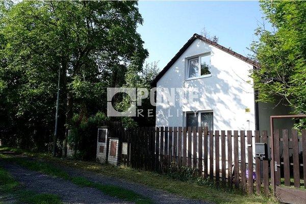 Prodej rodinného domu 3+kk, na pozemku 360 m2, Praha - Dubeč