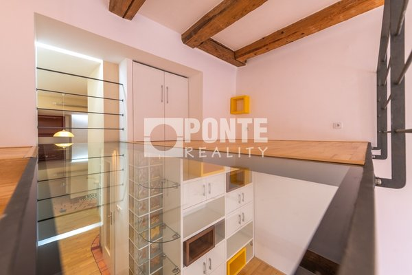 Pronájem bytu 1+kk, 38 m², Praha 5 - Smíchov, ul. Viktora Huga
