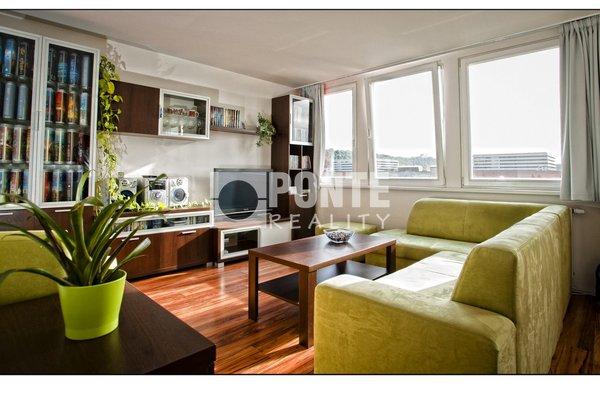 Pronájem bytu 1+kk, 36 m², komora, Praha 8 - Karlín, ul. Molákova