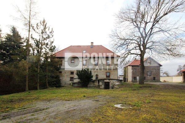 Prodej bývalého mlýna, zemědělské usedlosti, 400 m2 s pozemky 32.800m² v obci Dobrovíz, okres Praha-západ
