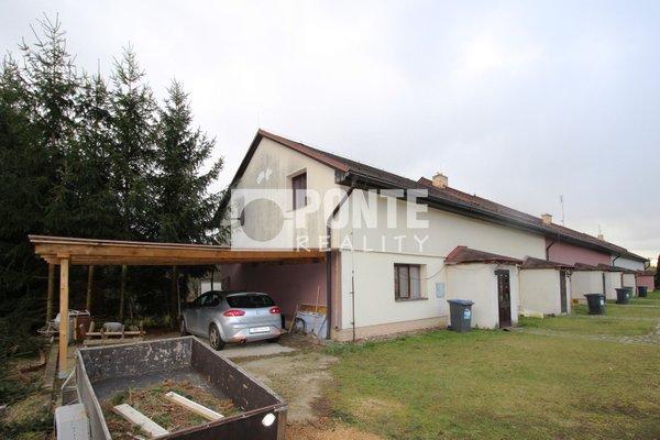 Prodej krajního řadového rodinného domu 4+kk v obci Otvovice, okres Kladno
