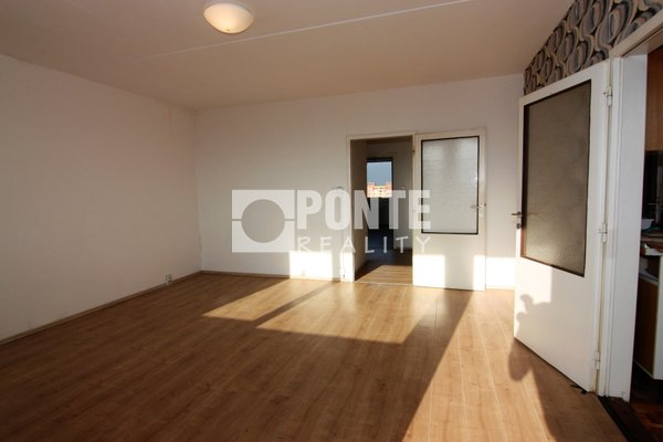 Prodej bytu 4+1 s výhledem, 83 m2, Praha 8 - Troja, Mazurská ul., OV