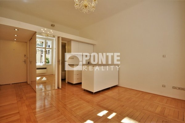 Pronájem kanceláře/bytu 27 m², Praha 1 - Josefov, ul. Elišky Krásnohorské