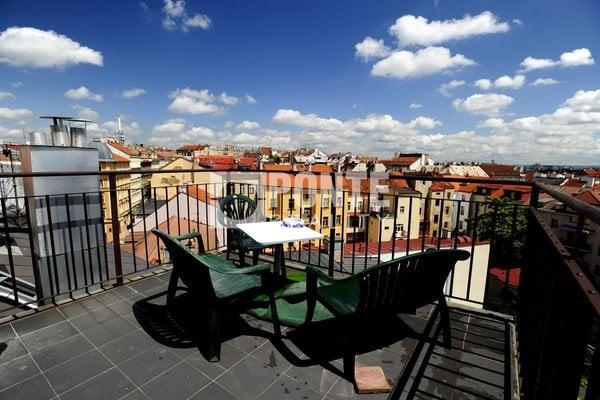 Pronájem bytu 6 + 1, 280 m2, terasa 20 m2, Praha 2 - Vinohrady, ul. Jana Masaryka